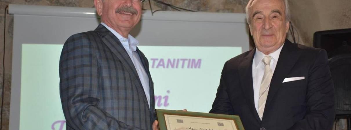 Mardin Tanıtım Ödülü Sayın Fehmi TAHİNCİOĞLU'na verildi.